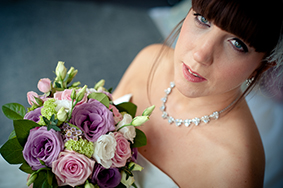 Bridal make up, bride with bouquet, by Powder Beauty