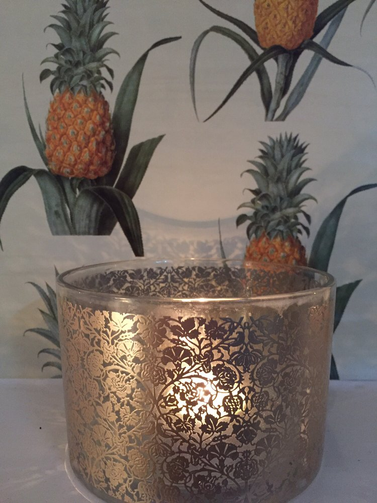 The Pineapple symbol of hospitality.